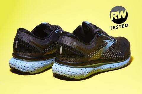 Shoe, Footwear, Outdoor shoe, Running shoe, Walking shoe, Product, Cross training shoe, Yellow, Sportswear, Sneakers,