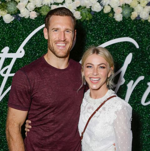 Sex Therapy Helped Julianne Hough And Brooks Laich S Marriage