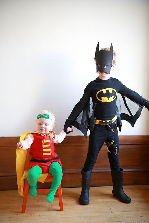 brother halloween costumes batman and robin