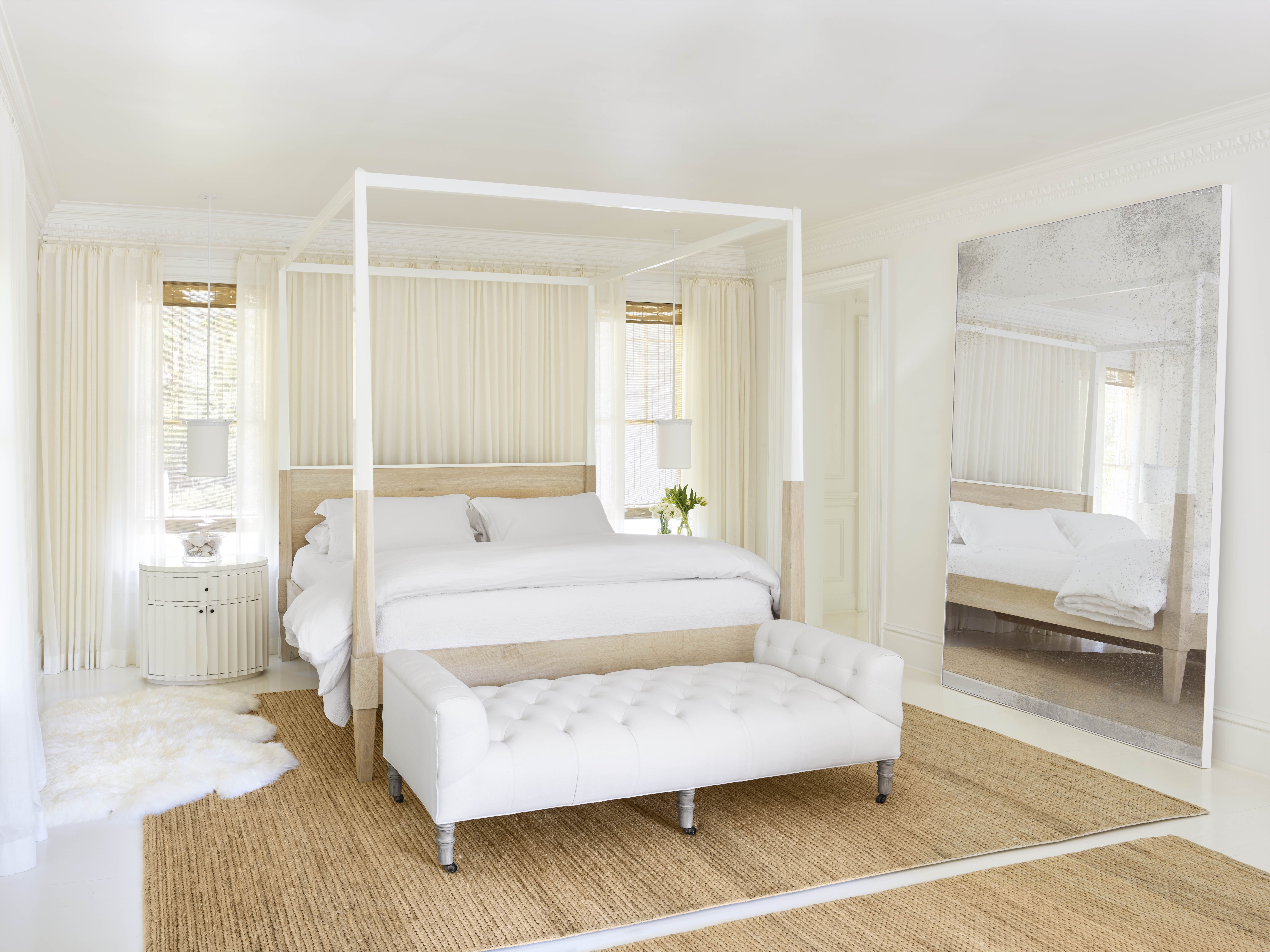 18 White Bedroom Ideas - Luxury White Bedroom Designs and Decor