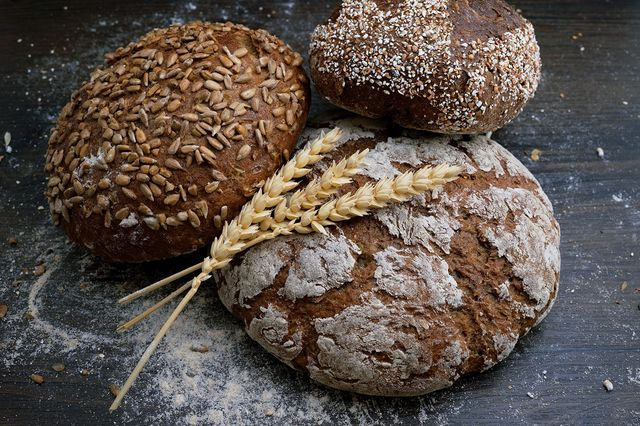 bruinbrood witbrood