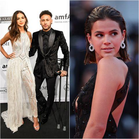 Fashion model, Clothing, Dress, Hairstyle, Shoulder, Premiere, Fashion, Formal wear, Neck, Carpet,