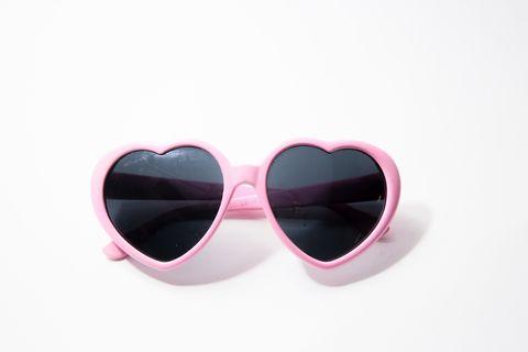 Eyewear, Sunglasses, Pink, Glasses, Heart, Earrings, Fashion accessory, Magenta, Jewellery, Vision care,