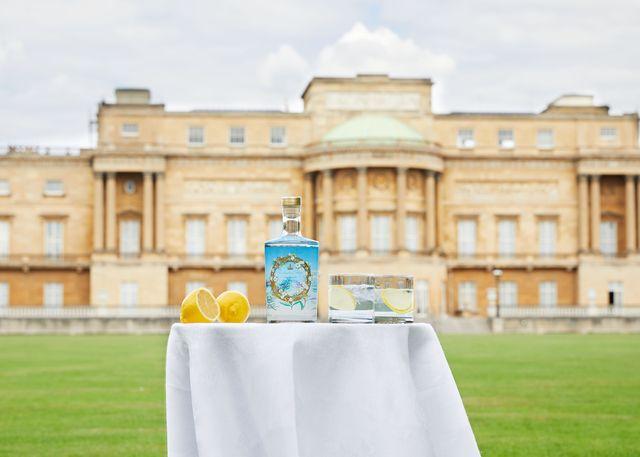 buckingham palace gin queen elizabeth