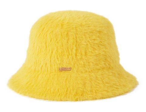 bucket hat krijgt een winters vachtje, bucket hat, winter, update, vissershoedje, trend, populair, hoed, hoedje, hat, fluffy, pluche, zacht, bont, vacht
