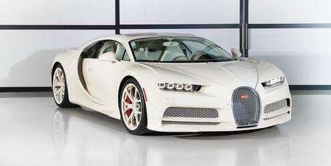 Land vehicle, Vehicle, Car, Automotive design, Bugatti veyron, Supercar, Bugatti, Sports car, Performance car, Personal luxury car,
