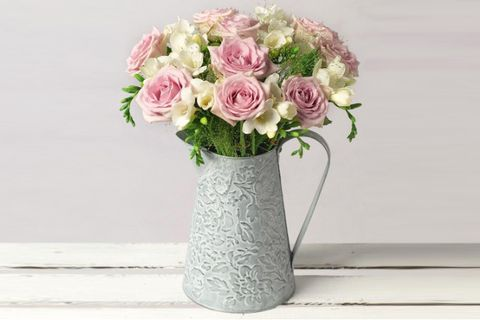 16 Best Flower Delivery Services 2020 Uk Next Day Flower Delivery