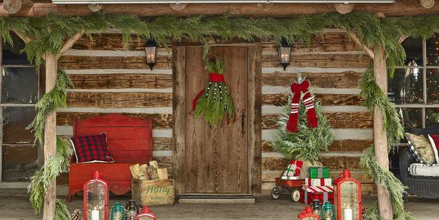 40 Diy Christmas Door Decorations Holiday Door Decorating Ideas Country Living