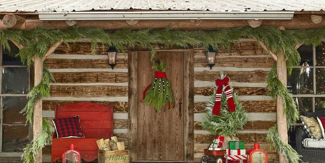 Outstanding 35 Diy Christmas Door Decorations Holiday Door Decorating Download Free Architecture Designs Rallybritishbridgeorg