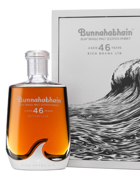 Water, Perfume, Whisky, Fluid, Liqueur, Distilled beverage, Drink, Liquid,