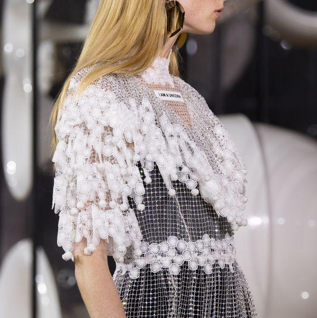 Clothing, Sleeve, Textile, Dress, Style, Pattern, Street fashion, Fashion, One-piece garment, Day dress,