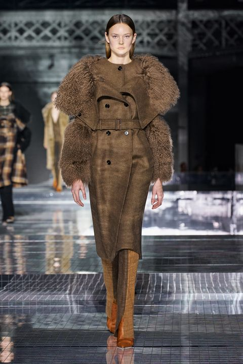 Burberry Herfst/Winter 2020 show op London Fashion Week.