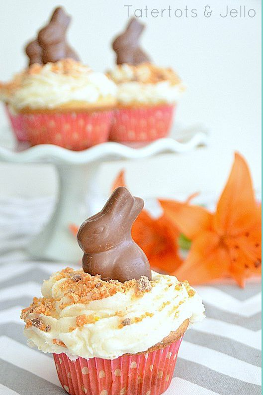 butterfinger chocolate bunny easter cupcakes