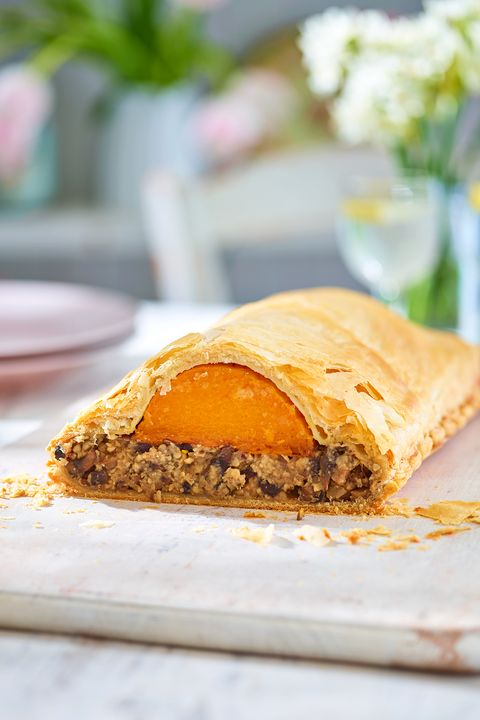 Butternut and mushroom wellington