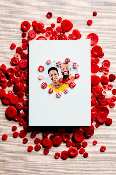 button heart picture card