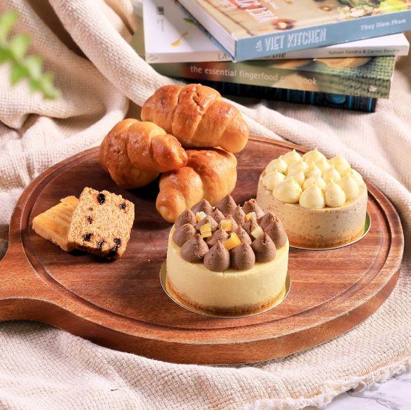 涵碧樓推出宅配下午茶輕饗宴!蒜香奶油乳酪麵包、蜜香紅玉生乳捲等經典甜點線上買