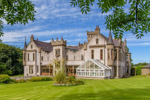 Estate, Property, Building, Mansion, House, Manor house, Stately home, Château, Home, Architecture,