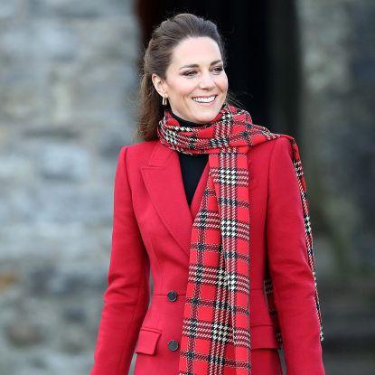 凱特王妃秋冬大衣特輯!英國皇室最強「穿搭教科書」,3款大衣打造優雅貴族氣質