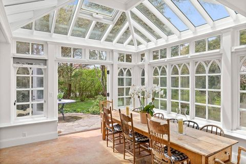 wildmoor house bouvier estate jackie kennedy's hampton house