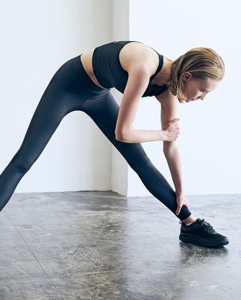 Leg, Shoulder, Sportswear, Arm, Joint, Thigh, Tights, Standing, Leggings, Footwear,