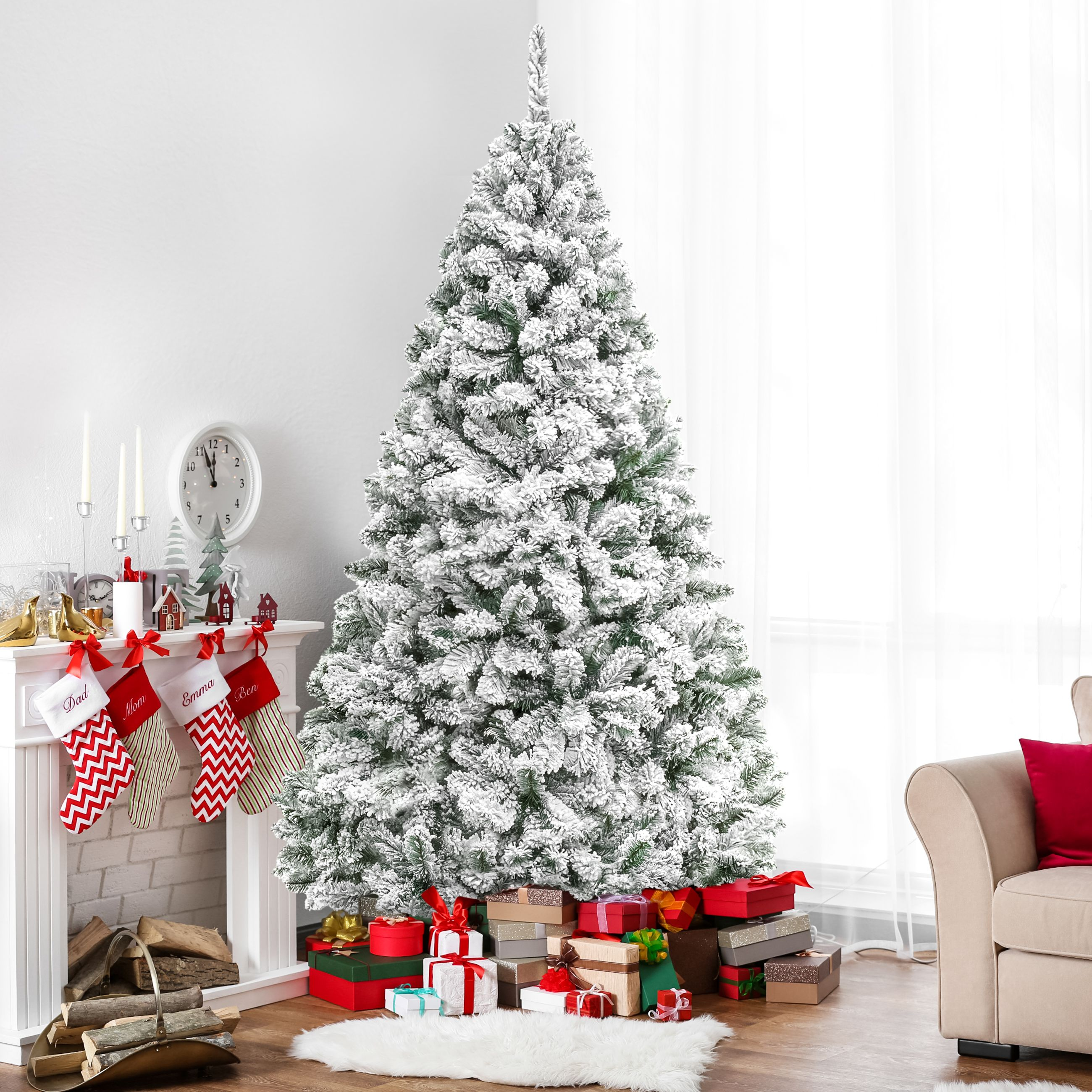 Now Is Actually the Best Time to Buy an Artificial Christmas Tree