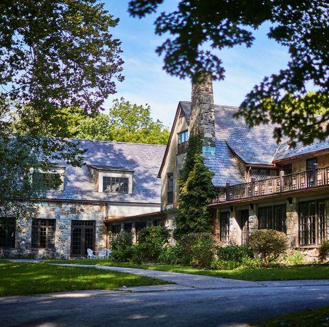 Home, House, Property, Estate, Building, Landmark, Architecture, Tree, Mansion, Sky,