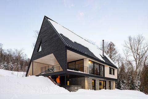 Cabaña moderna de construcción sostenible