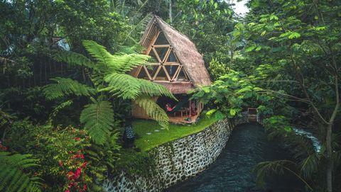 Cabaña de bambú ecológica en Bali