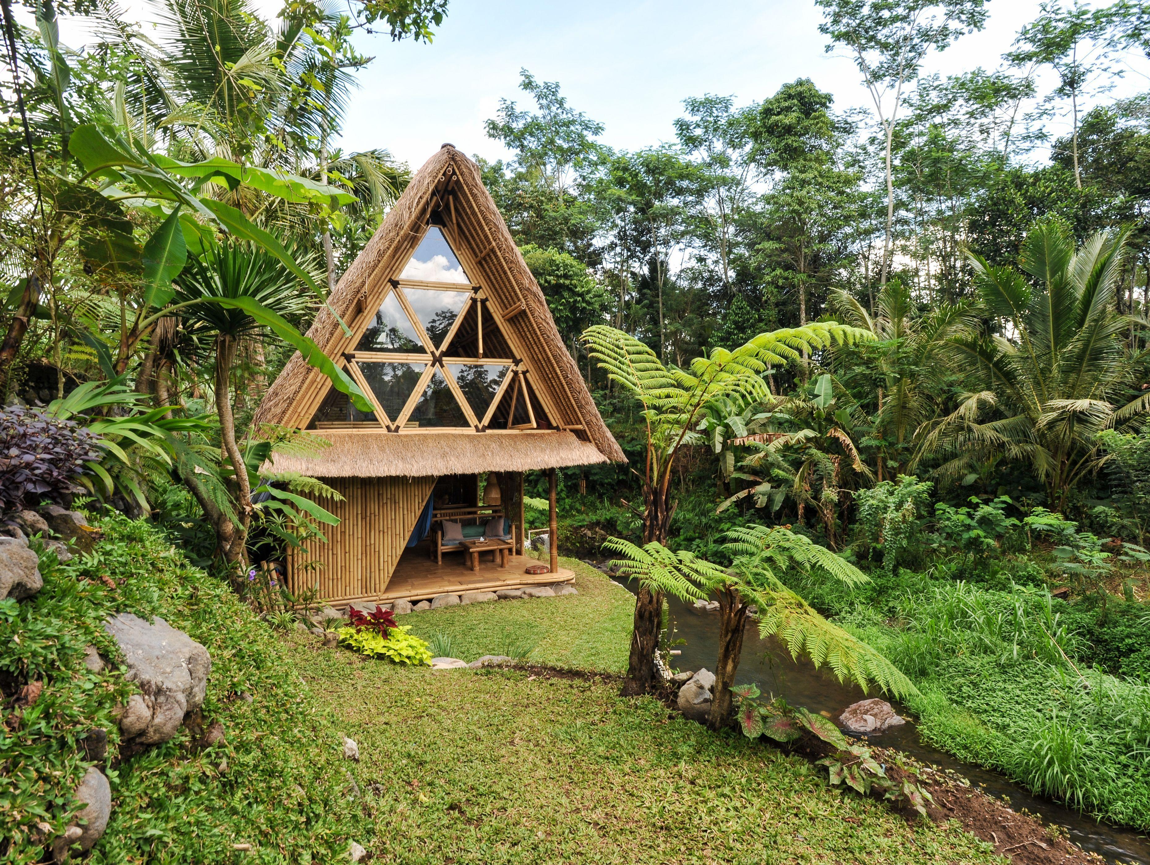 Una cabaña de bambú sostenible en Bali - Viajes y escapadas