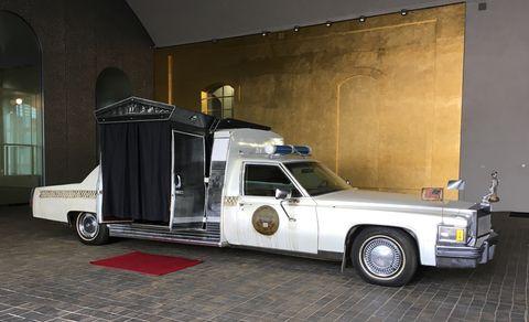 Land vehicle, Vehicle, Car, Luxury vehicle, Full-size car, Classic, Classic car, Coupe utility, Sedan,