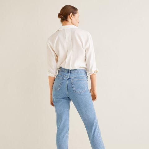 c3711f4358 Los jeans  mom fit  perfectos para caderas anchas están en Mango