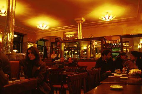 Cafe De Flore History A Historical Look At Cafe De Flore - Fotos-de-flore