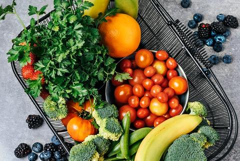 Natural foods, Food, Vegetable, Superfood, Fruit, Vegan nutrition, Tomato, Solanum, Vegetarian food, Local food,