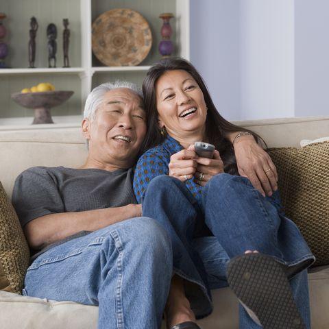 winter date ideas - Portrait of couple watching tv