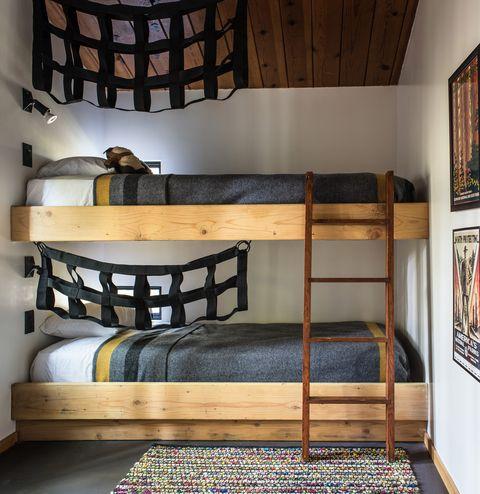 La casa vacanze in campagna sea ranch cabin un cottage for Cabina innevata nei boschi