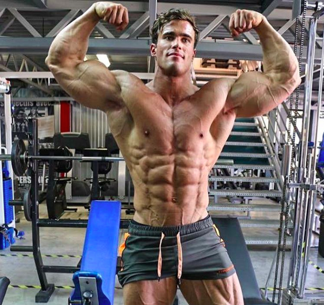 Bodybuilder Calum von Moger Shares His Advice for Getting Started in the Gym