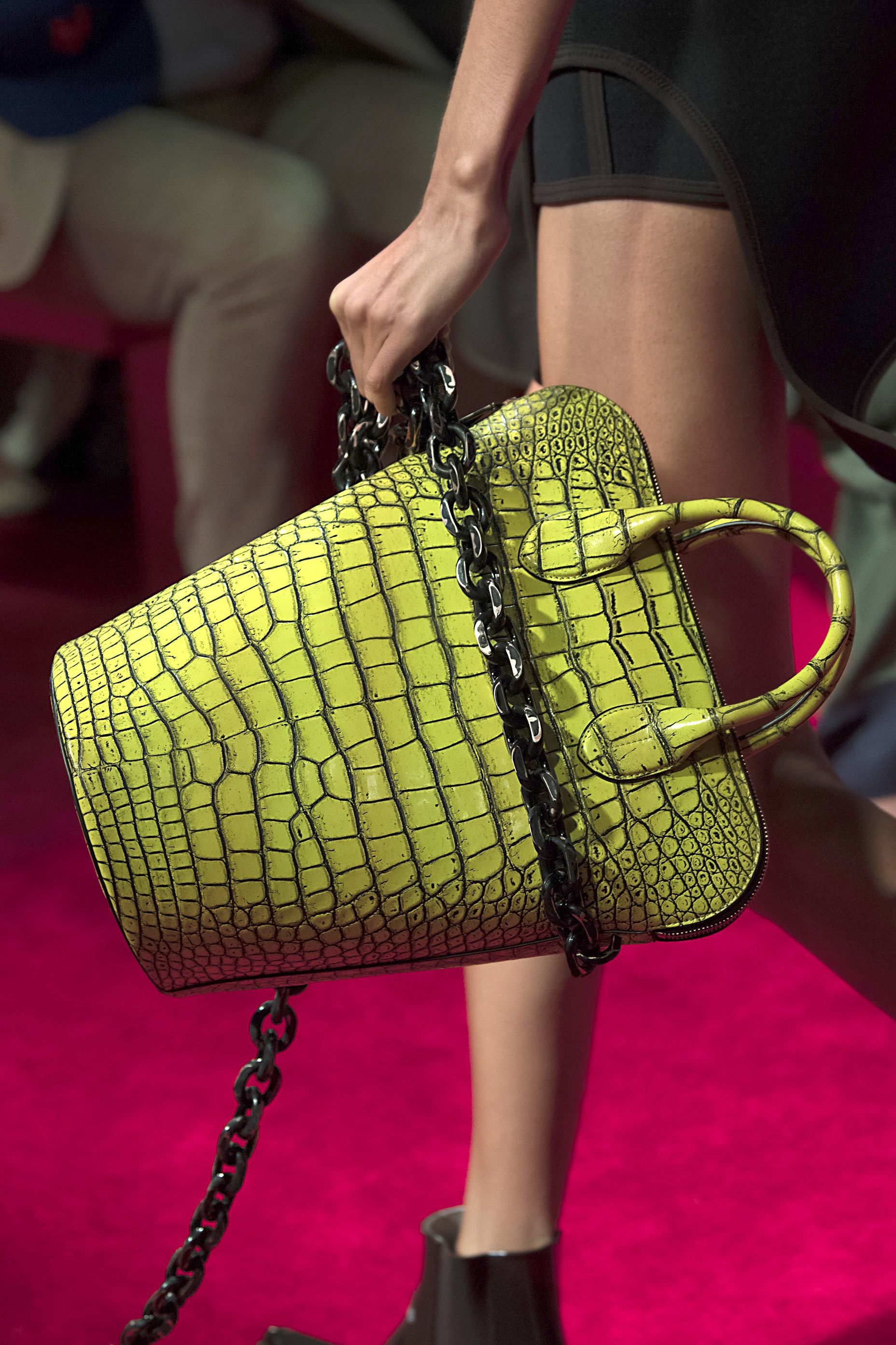 2019 year looks- The 10 youll bags want this spring