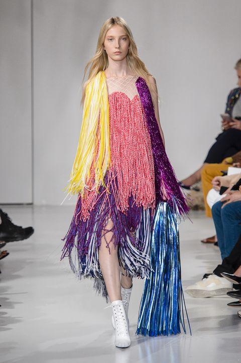Fashion model, Fashion show, Fashion, Runway, Clothing, Haute couture, Fashion design, Long hair, Event, Shoulder,