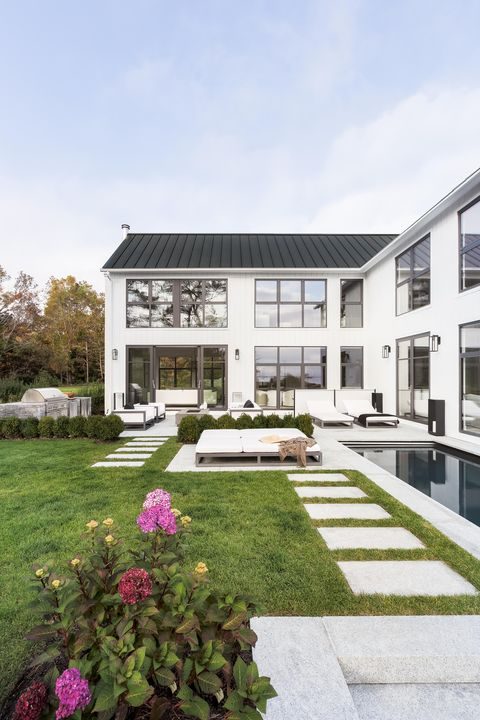 white house, outside, pool, garden chairs