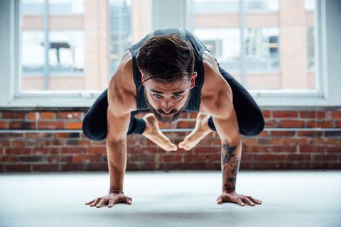 yoga per dimagrire uomo