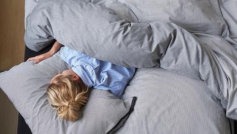 Nap, Comfort, Sleep, Textile, Linens, Furniture, Pillow, Bed sheet, Bedding, Bed,