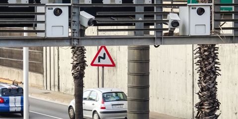barcelona inaugurates low emission zone