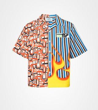 vasta selezione di cb718 39596 Perché tutti vogliono questa camicia di Prada