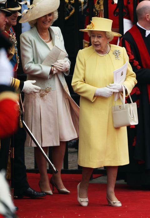 ウィリアム王子とキャサリン・ミドルトンの結婚式に出席したエリザベス女王とカミラ夫人