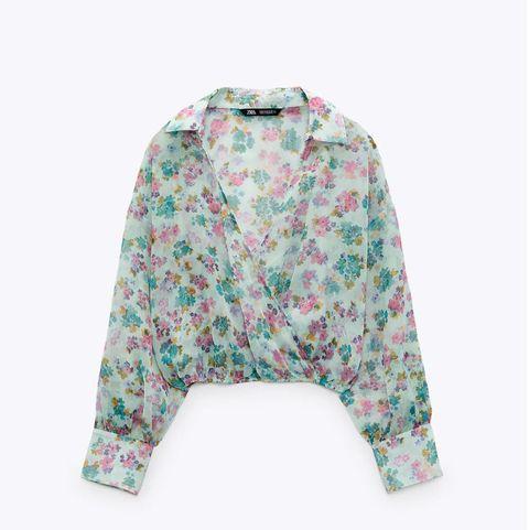 camisa de flores de la colección de verano de zara