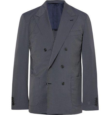 Clothing, Outerwear, Blazer, Jacket, Suit, Sleeve, Formal wear, Button, Coat, Top,