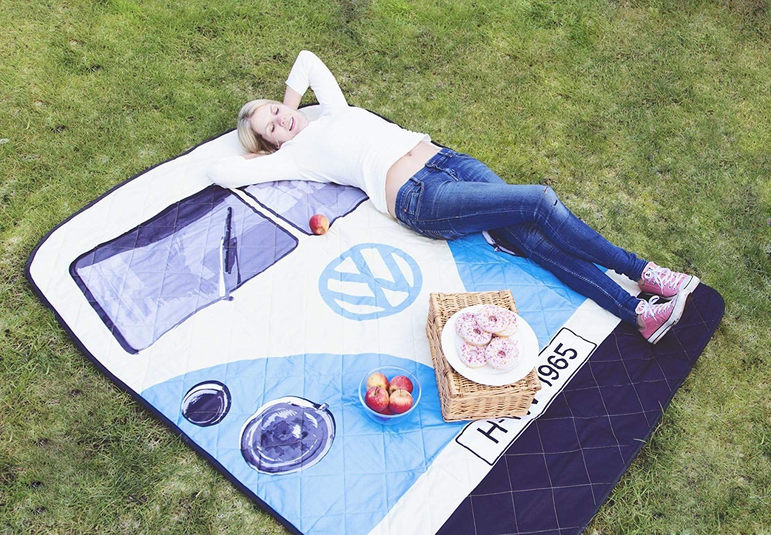 This Camper-Inspired Picnic Blanket Is the Ultimate Retro Accessory for Summer