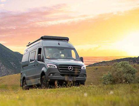 outdoorsy campervan