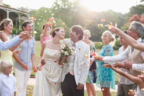Internet Brides Is It Rude to Have Your Wedding on a Holiday or Holiday Weekend? Here's What We Think