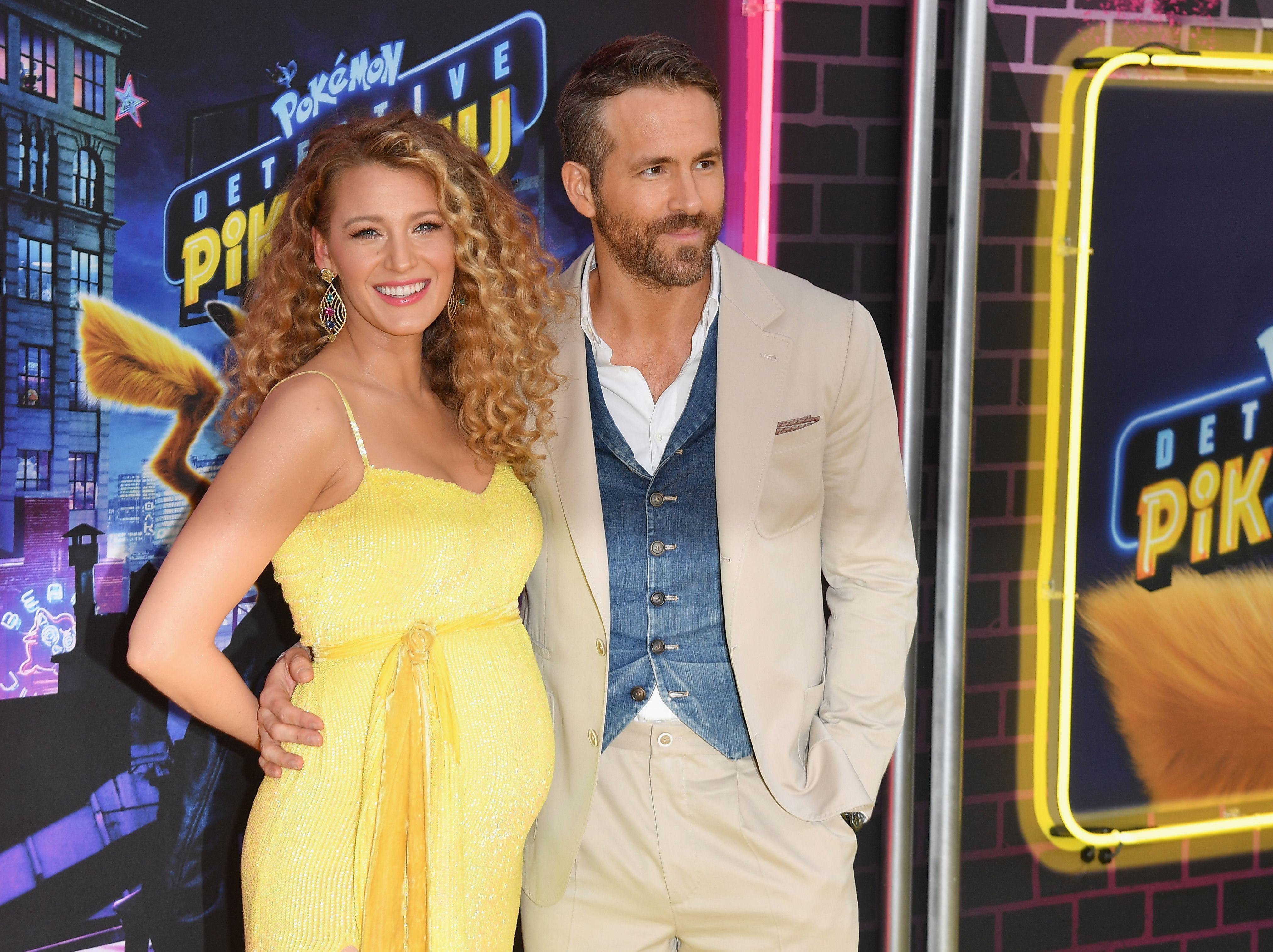 1bb996186 Blake Lively anuncia su tercer embarazo sobre la alfombra roja